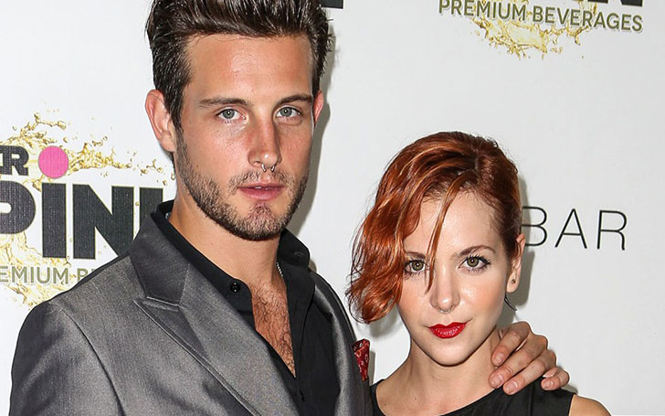 Are Nico Tortorella and Sara Paxton in a relationship?