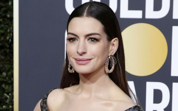 Anne Hathaway excited to become a Mom